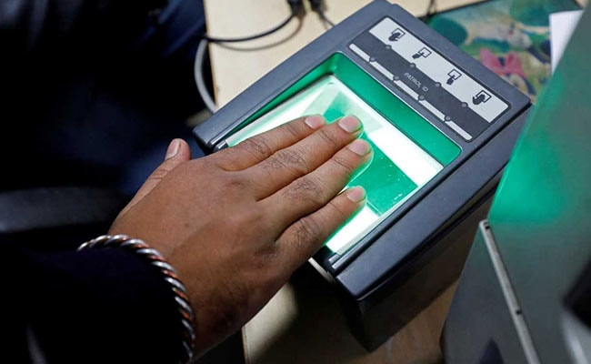Aadhaar Staffer Charged For Allegedly Using Own Fingerprint Instead Of Applicants'