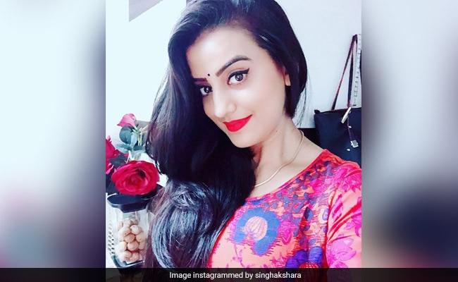 भोजपुरी एक्ट्रेस अक्षरा सिंह ने अपने फैन्स के लिए डाला ये वीडियो, यूजर्स ने खूब की तारीफ- देखें Video
