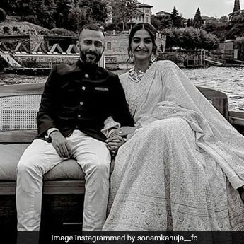 Isha Ambani's Reported Engagement In Italy Saw 2 of Bollywood's Fav Couples In <I>Desi</I> Wear