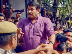 Top Court Issues Notice To Manoj Tiwari For Breaking Lock Of Sealed House