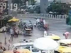 दिल्ली में बदमाशों के हौसले बुलंद, लूट कर हो जा रहे फरार, सामने आए कई CCTV फुटेज