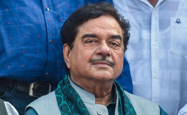 'You May Have Many Admirers But...': Shatrughan Sinha's Veiled Dig At PM