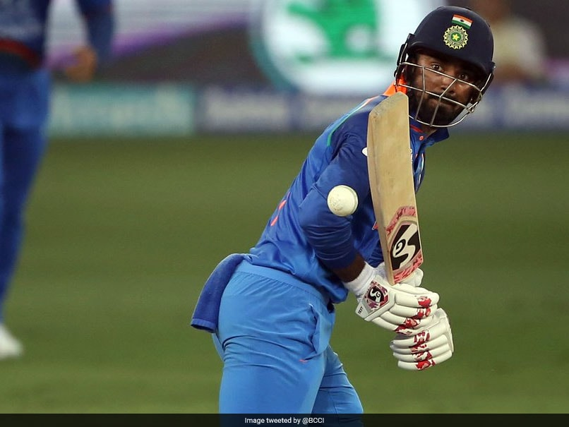KL Rahul Regrets Unsuccessful Review, Twitter Shows No Mercy