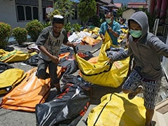 "In Indonesia Disaster Aftermath, People Yell ""Tsunami"" During Aftershocks"