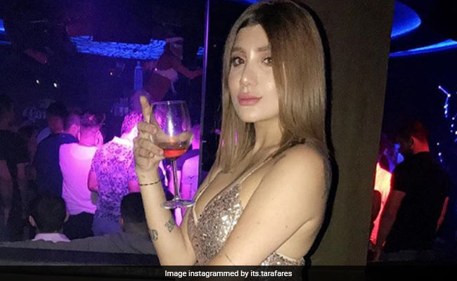 Iraqi model shot dead in Baghdad, in the latest murder of women