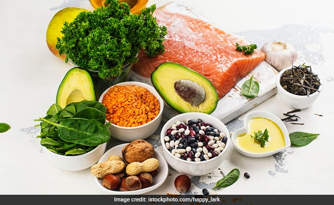 High Carbohydrate Diet May Induce Obesity And Diabetes; Low-Carb Foods To Eat