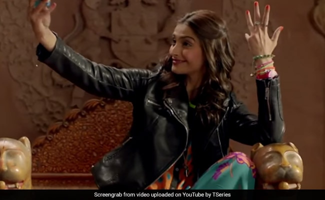 Four Years Of Khoobsurat: Sonam Kapoor Relives Fond Memories
