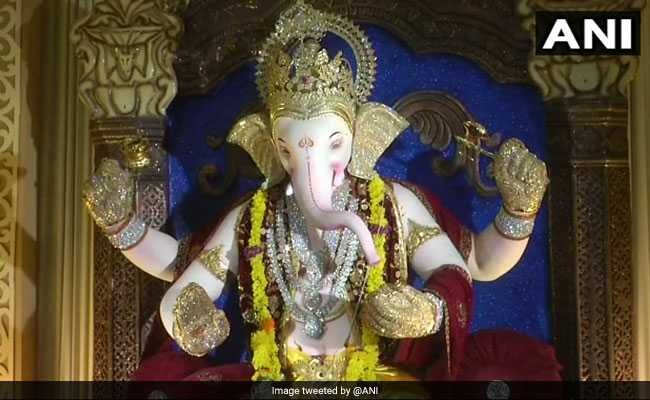 Diamond-Studded Ganesha Idols A Crowd-Puller In Surat. See Pics