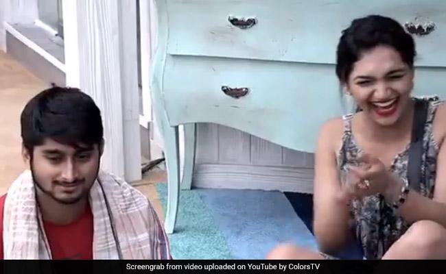 Bigg Boss 12: दीपक ठाकुर ने देसी स्टाइल में बोली अंग्रेजी, घरवालों ने यूं उड़ाया मजाक