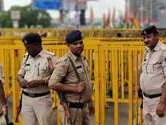 11 Cops Injured In Stone Pelting In Bhopal