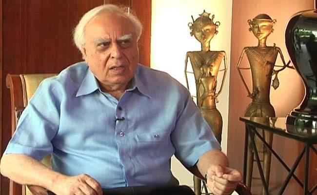 अब कपिल सिब्बल ने जयराम रमेश-अभिषेक मनु सिंघवी और शशि थरूर पर इशारों-इशारों में कसा तंज