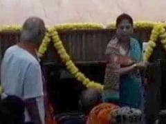 Mother's Photo Missing On Stage, Angry Yashodhara Raje Scindia Walks Off