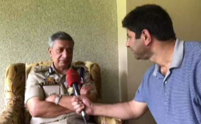 जम्मू- कश्मीर के DGP के पद से हटाए जाने के बाद बोले एसपी वैद : मैं अपनी वर्दी को मिस करूंगा