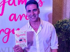 Twinkle Khanna's New Book <i>Pyjamas Are Forgiving</i> Launched. Here's Akshay Kumar's Post For Wife