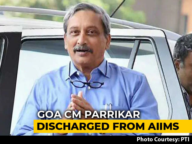 Video : Manohar Parrikar Returns To Goa From Delhi, Is Stable, Says Office