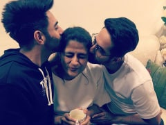 This Pic Of Ayushmann Khurrana With Wife Tahira Kashyap And Brother Aparshakti Is What Family Love Is