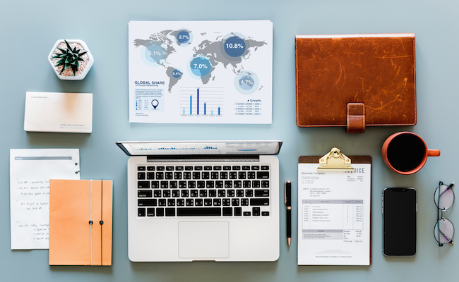 3 pretty and useful accessories to add to your work desk