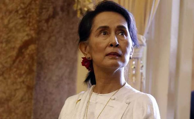 Ousted Myanmar Party Calls For Release Of Aung San Suu Kyi, Other Leaders