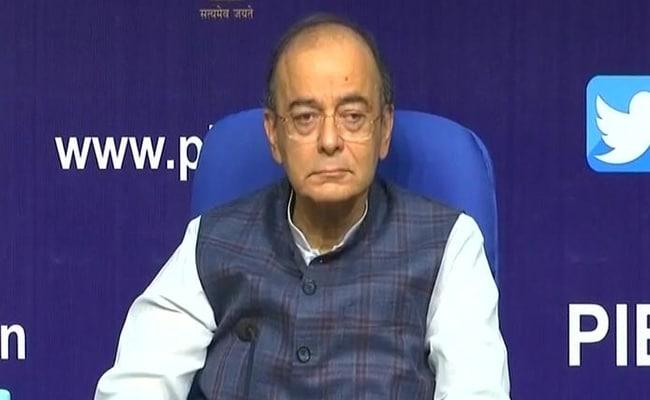 नोटबंदी के बचाव में उतरे वित्त मंत्री अरुण जेटली, बोले- कैश को जब्त करना नहीं बल्कि अर्थव्यवस्था में लाना था मकसद