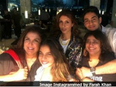 This Pic Of Suhana Khan, Shweta Bachchan Nanda, Agastya Nanda And Farah Khan Is Way Too Cute To Be Missed