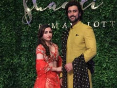 Soha Ali Khan's Pic With Kunal Kapoor Will Refresh Your <I>Rang De Basanti</i> Memories