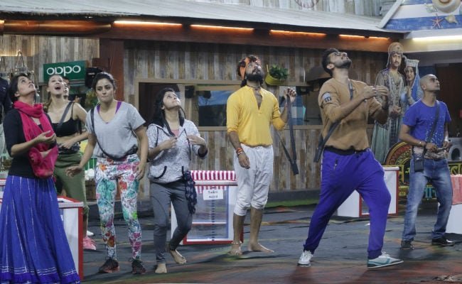 Bigg Boss 12 Day 17: Luxury Budget Task Or 'Kushti Ka Maidaan'?