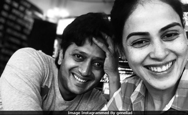 Riteish Deshmukh And Genelia D'Souza Light Up Instagram With An Adorable Pic. Seen Yet?