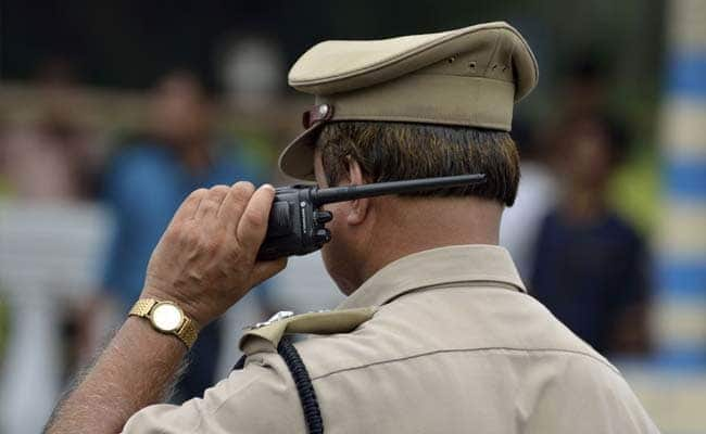 15 Kg Gold Robbed From Finance Company Firm In Meerut