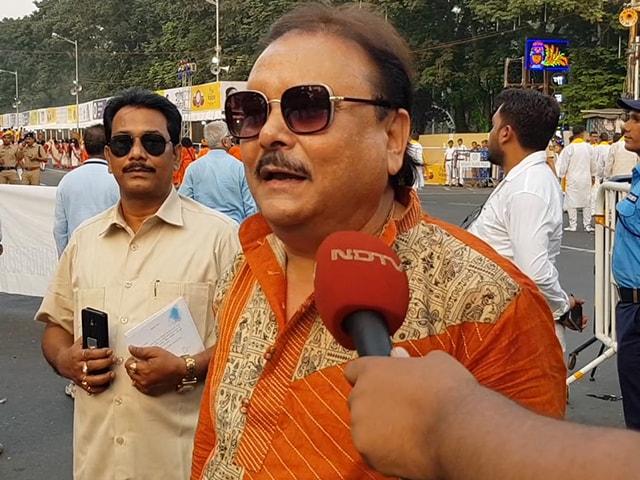 Video : দেখুন কার্নিভ্যালে কী বললেন মদন মিত্র