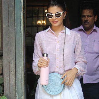 Get The Look: Jacqueline Fernandez's Pretty Pastel Outfit
