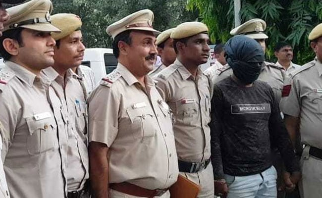 दिल्ली : छावला इलाके में हुई बैंक डकैती मामले में 2 आरोपी गिरफ्तार