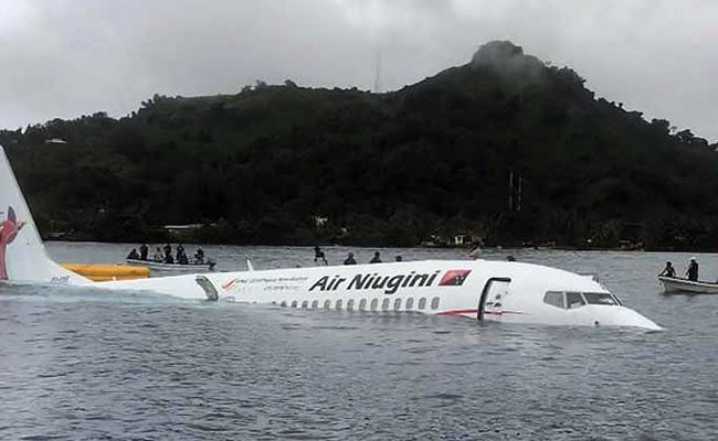 Search continues for passenger missing after Air Niugini rescue