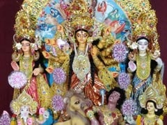 Durga Puja 2020: Know About <i>Dhunuchi Naach</i> And Festivities Of Each Day