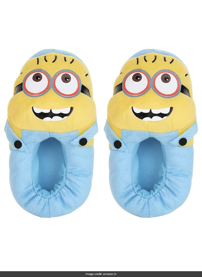 2fd41907edf93 5 Warm And Cozy Slippers For The Winter Months