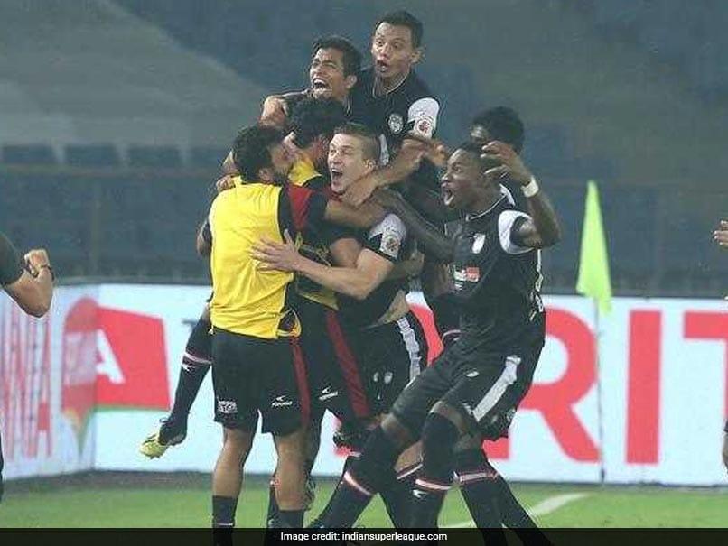 ISL 2018: Late Strikes Give NorthEast United FC 2-0 Win Over Delhi Dynamos