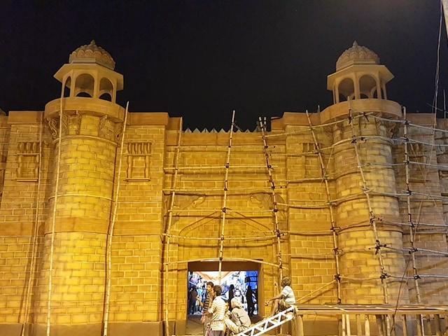 Video : NDTV বাংলায় দেখুন মহম্মদ আলি পার্কের 50 বছরের দুর্গা পুজোর প্রস্তুতি