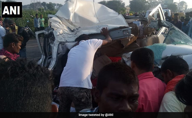 9 Members Of Family Dead After Car Rams Truck In Chhattisgarh