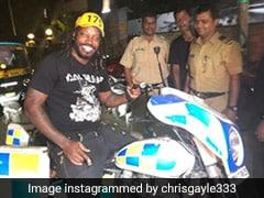मुंबई में Chris Gayle देर रात कर रहे थे पार्टी, पुलिस पहुंची तो चला ऐसा ड्रामा