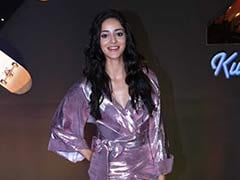 Decoding Ananya Panday's Shimmering Purple Makeup Look