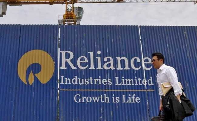 Reliance Industries Shares Fall Nearly 3% After Earnings Report