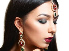 3 Ways To Make Your Navratri Makeup Last Longer