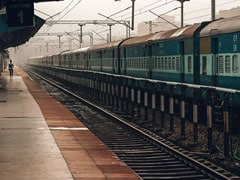 Fog Delays Rail Services In Delhi; Flight Operations Remain Unaffected