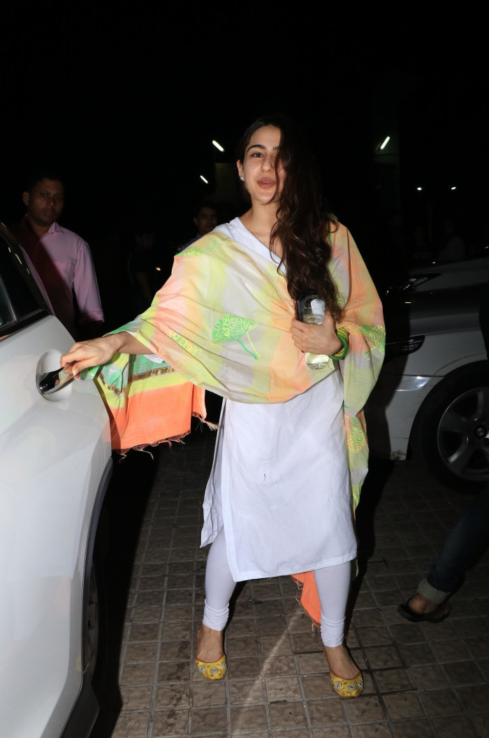 b45607daed8 How To Glam Up A Simple White Suit, Featuring Sara Ali Khan
