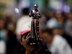 Pope Francis Makes Saints Of Disputed 20th Century Roman Catholic Figures