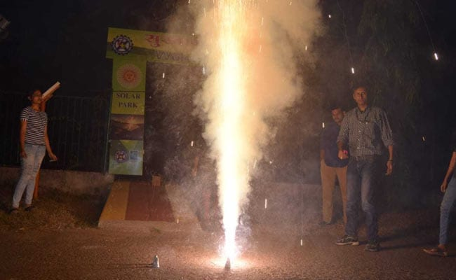 Burst Green Crackers Between 8PM - 10PM: UP Government's Diwali Advisory