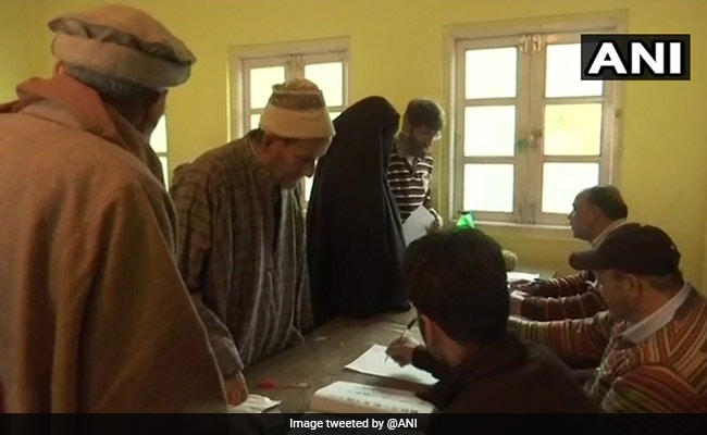 In Third Phase Too, Turnout Remains Low In Jammu And Kashmir Local Polls
