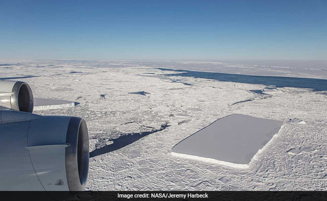 Here's How A Perfectly Rectangular Iceberg Is Floating In Antarctica