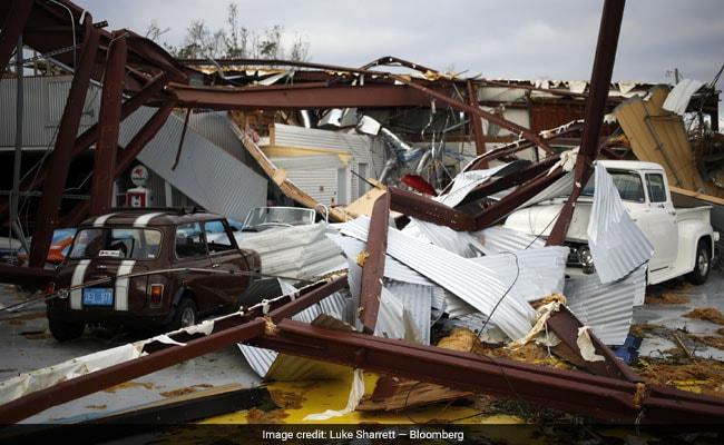 अमेरिका में सदी के सबसे तेज तूफान 'माइकल' से मरने वालों की संख्या हुई 17