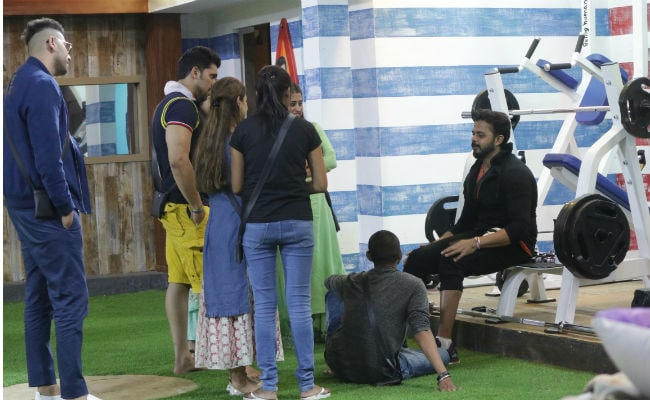 Bigg Boss 12, Day 28, Written Update: Anup Jalota And S Sreesanth Create Divide In The House
