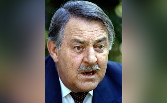 Apartheid-era foreign affairs minister, Pik Botha dies